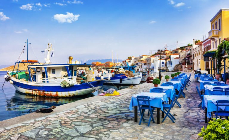 Saving your ketosis in a Greek taverna