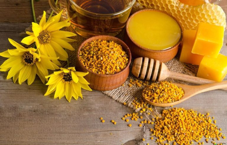 Keto honey substitute with magical bee pollen