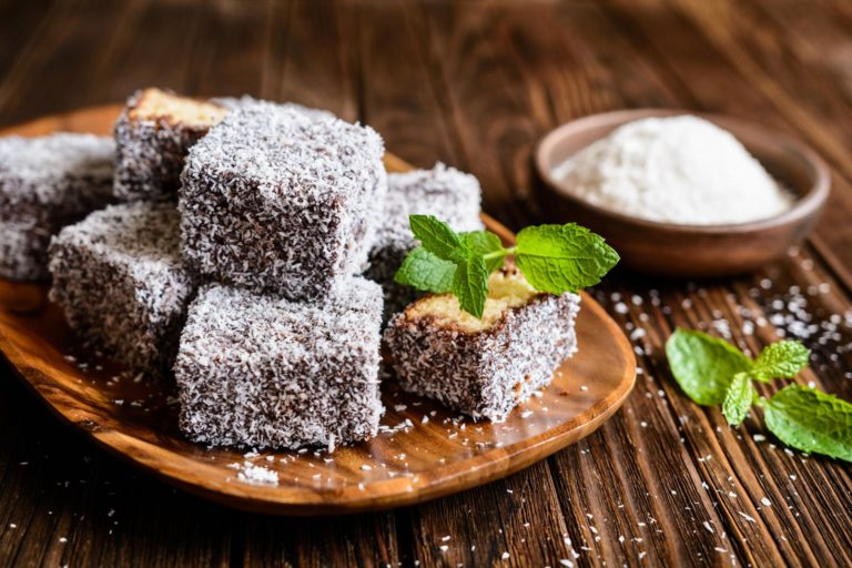 Greek Amigdalopita goes to Australia – Keto Lamington