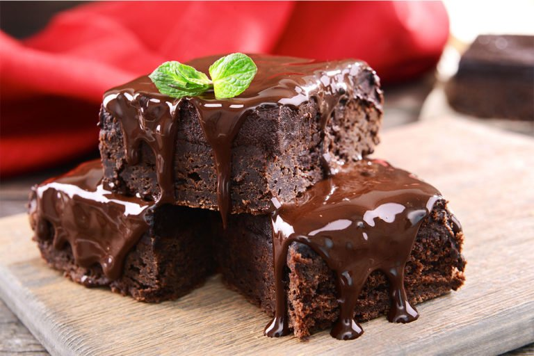 Keto brownies with fresh mint – intensity of health