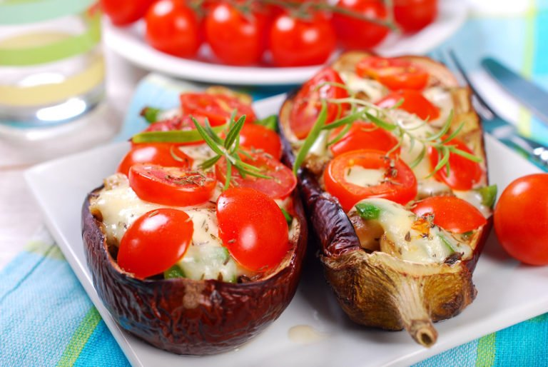 Keto Papoutsakia – Greek version of stuffed eggplant