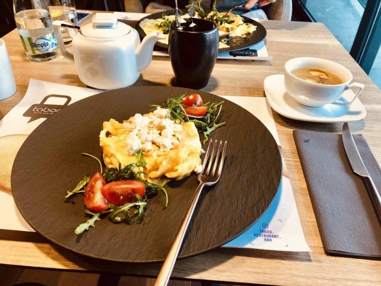 Chef's Keto-Mediterranean Omelette à la Greek Goes Keto