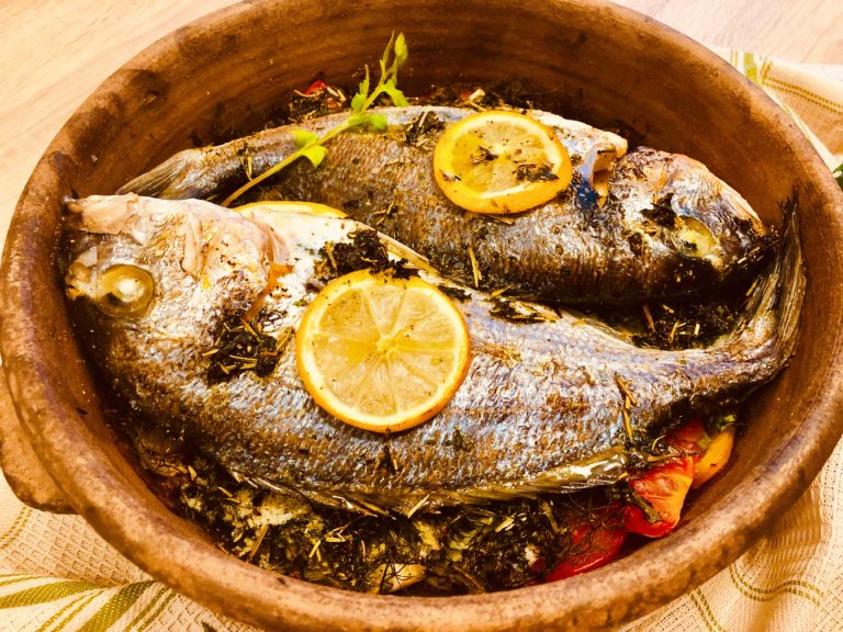 Gilt-head bream in clay pot – Because Ketonians need to eat more fish