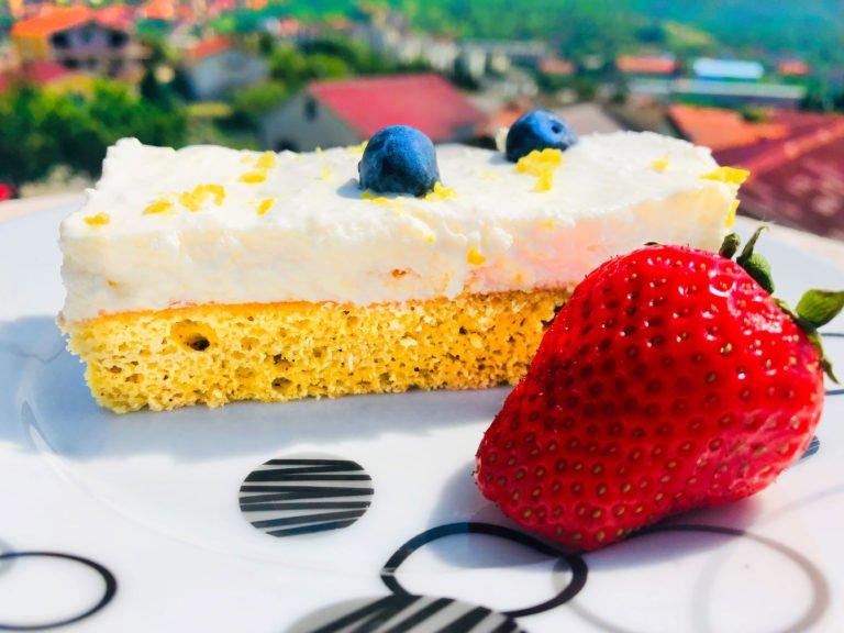 Keto Lemon Bars – Summer Lemonopita version