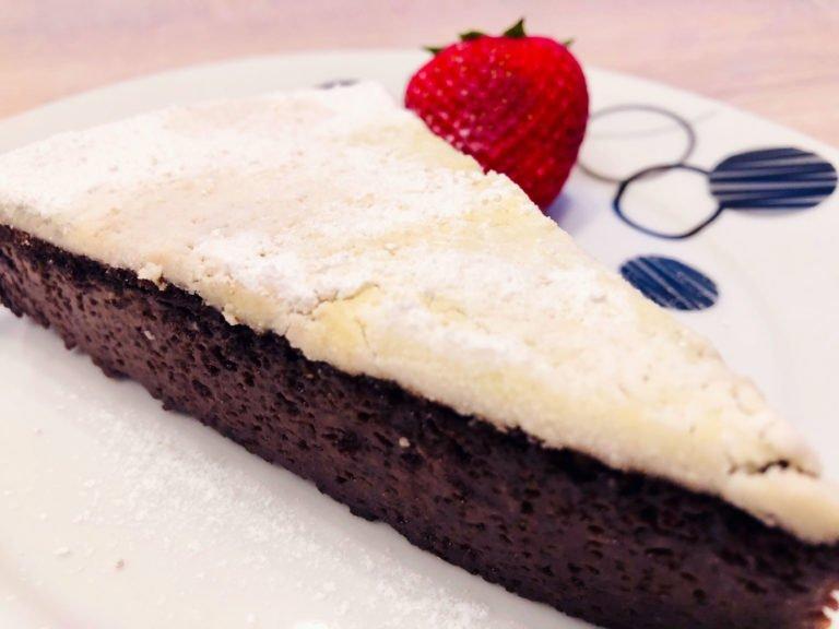 Flourless Keto Cake – A Choco-Metaxa Combo