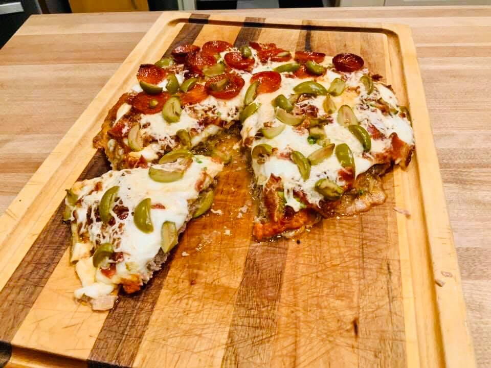 καρνιβορ πιτσα