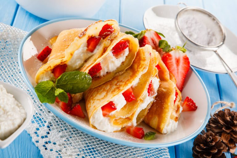 Keto crepes with Feta – Ohh la-la the creaminess!