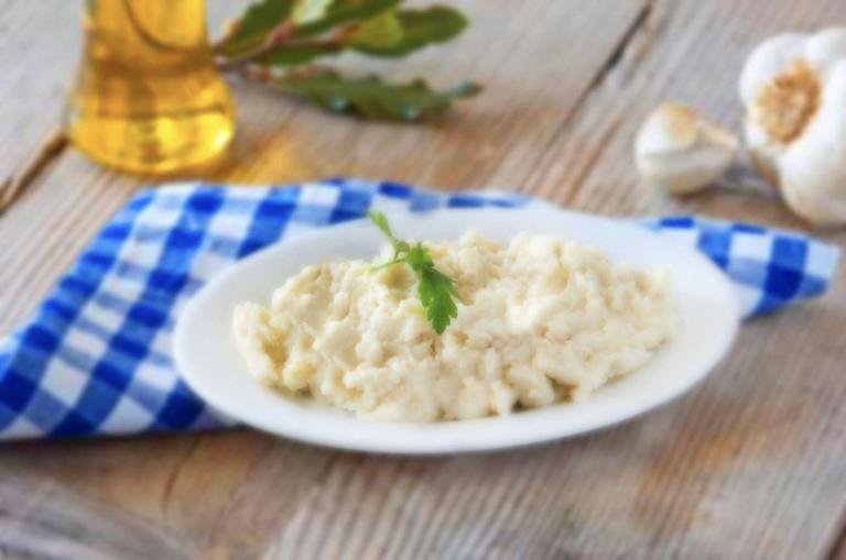 Κέτο Σκορδαλιά – Η τέλεια συνταγή επιτέλους χωρίς πατάτες!