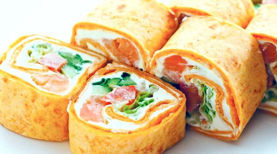 Keto crepe rolls