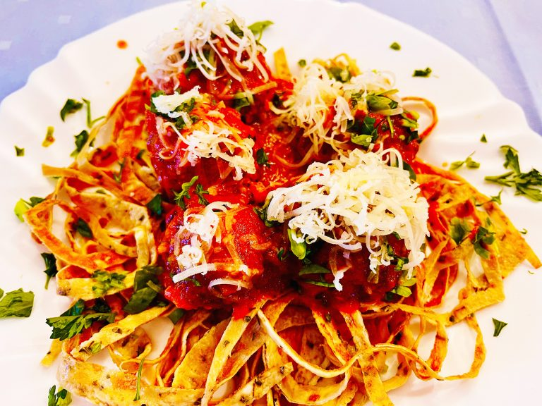 Keto spaghetti with meatballs, unbelievably low in carbs!